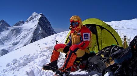 Алпинистът вече познава добре обстановката под К2 и има план как да го изкачи