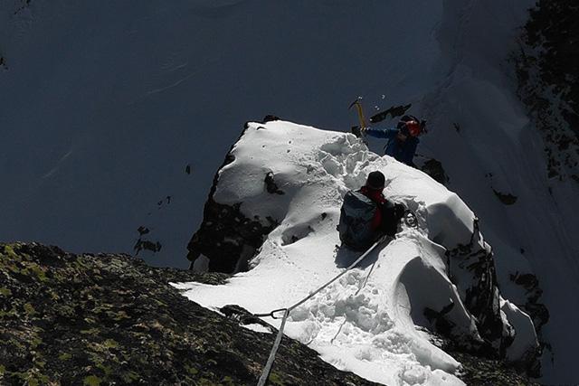 Зимен траверс през връх Полежан, Ушиците, Стражите и връх Дисилица
