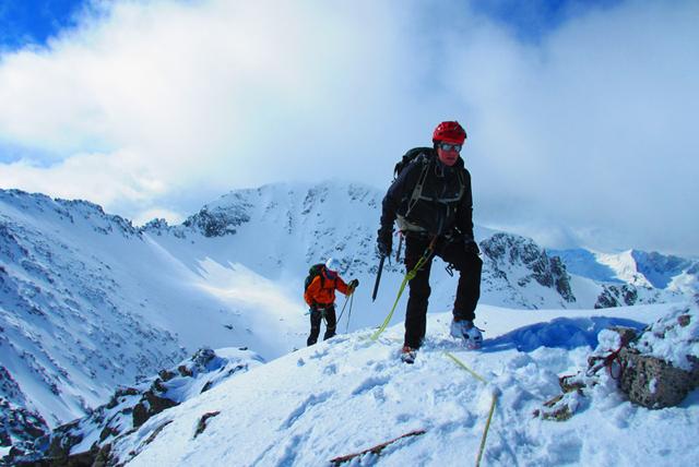 Зимен траверс през връх Мусала – Трионите – връх Малка Мусала – връх Иречек – Сфинкса – връх Дено