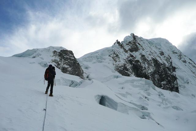 Трекинг в Кордилера Бланка до базовия лагер на Алпамайо и изкачване на връх Писко